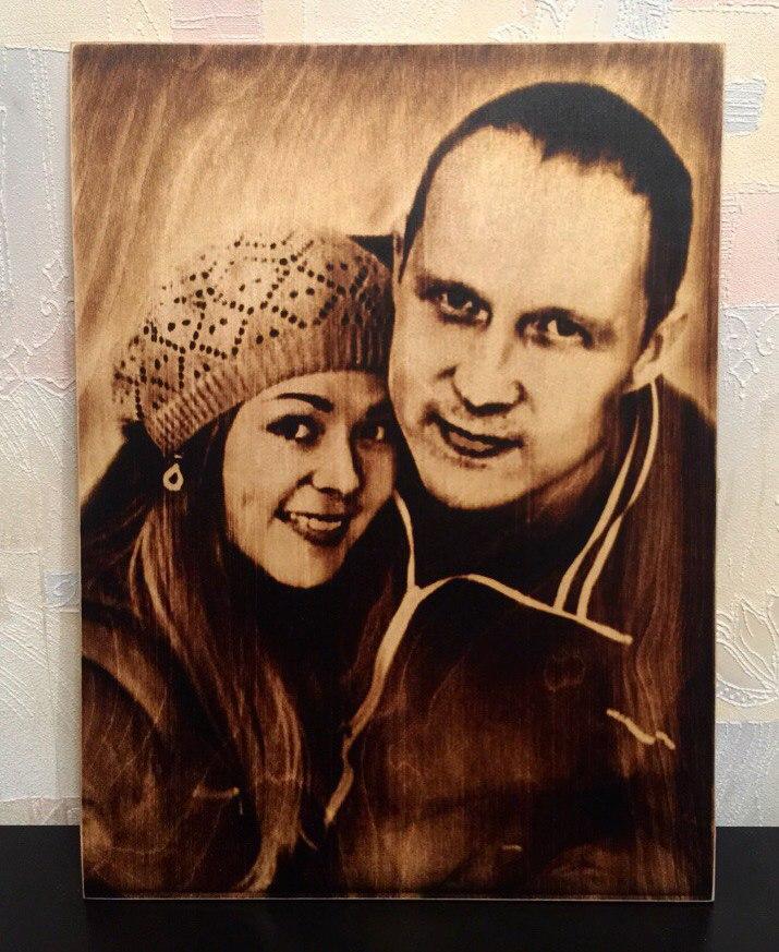 выжигание портретов по дереву на заказ в Екатеринбурге